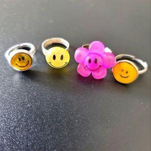 Smiley Ring Set